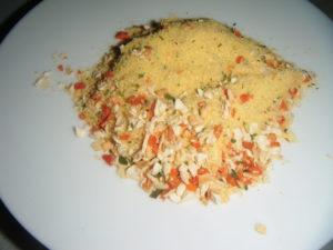 vegeta nasypaná na talířku