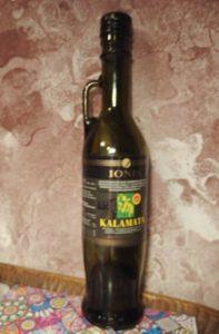 Láhev s olivovým olejem